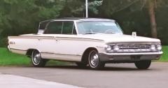 Antoinette's car